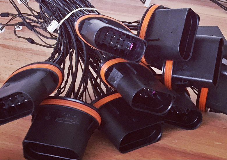[:cs]Kabeláž pro automotive[:en]Cables for Car industry[:de]Kabelbündeln für Automotive[:ru]Кабель для автопромышленности[:]